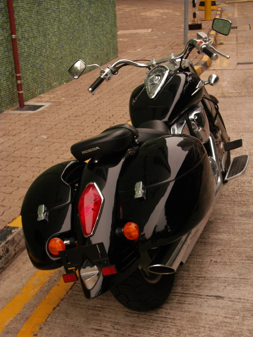 MeanCycles | QUICK DETACHABLE HARD SADDLEBAGS FOR HONDA ...