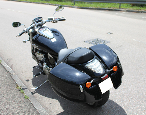 MeanCycles | QUICK DETACHABLE HARD SADDLEBAGS FOR M109R ...