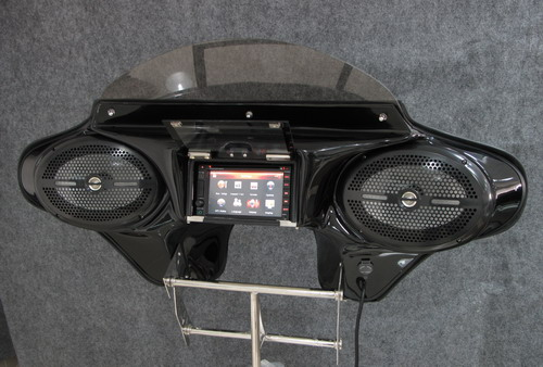 MeanCycles | BATWING GPS FAIRING WITH 6 X 9 MARINE SPEAKERS