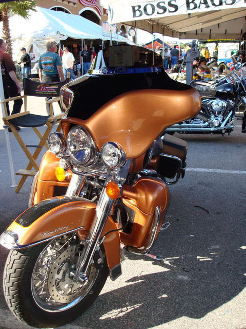 Front Windshield Replacement >> MeanCycles | QUADZILLA BATWING FAIRING FOR ROAD KING 96 TO ...