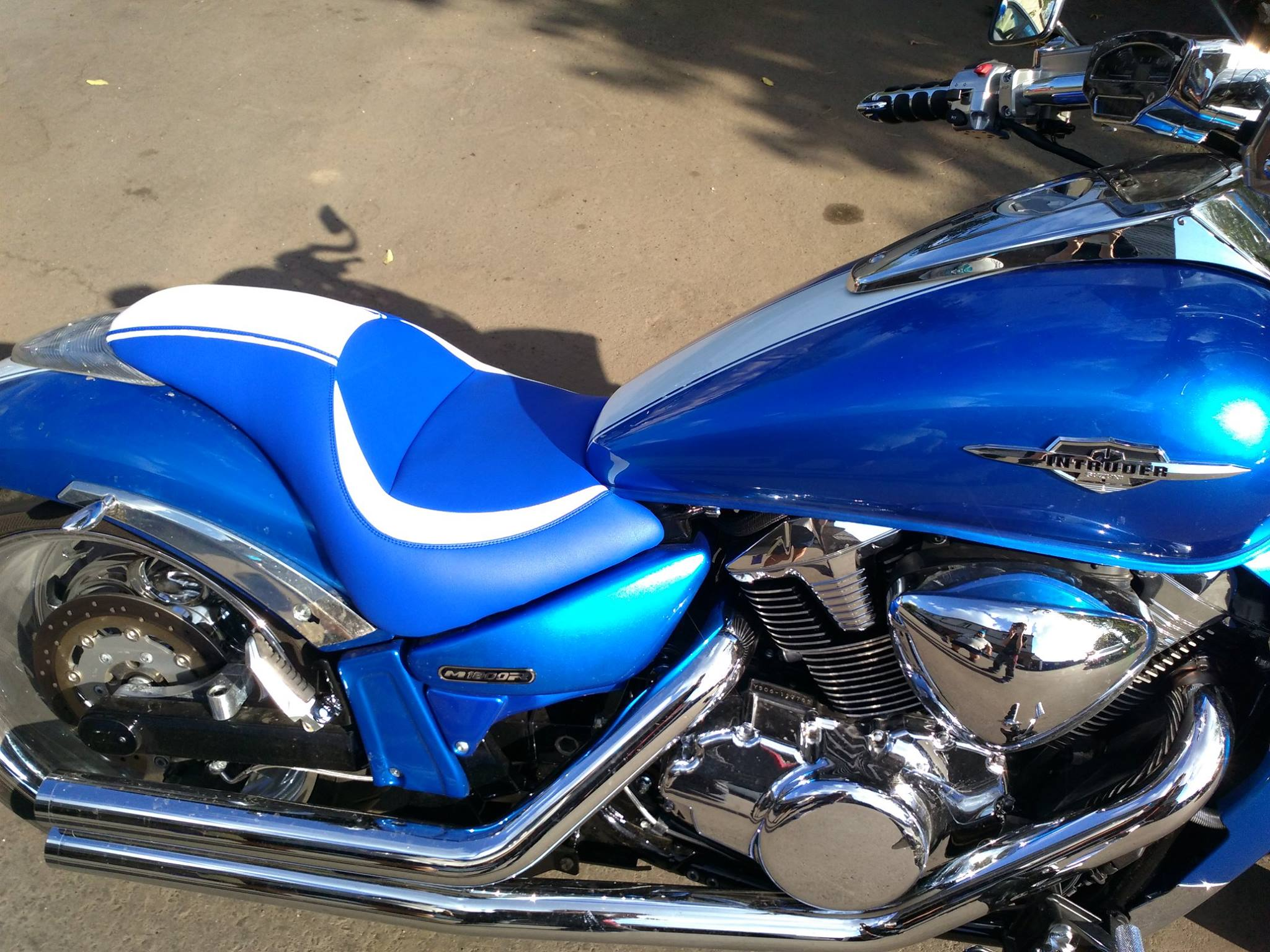 Meancycles Dual Custom Gel Seat For Suzuki Boulevard