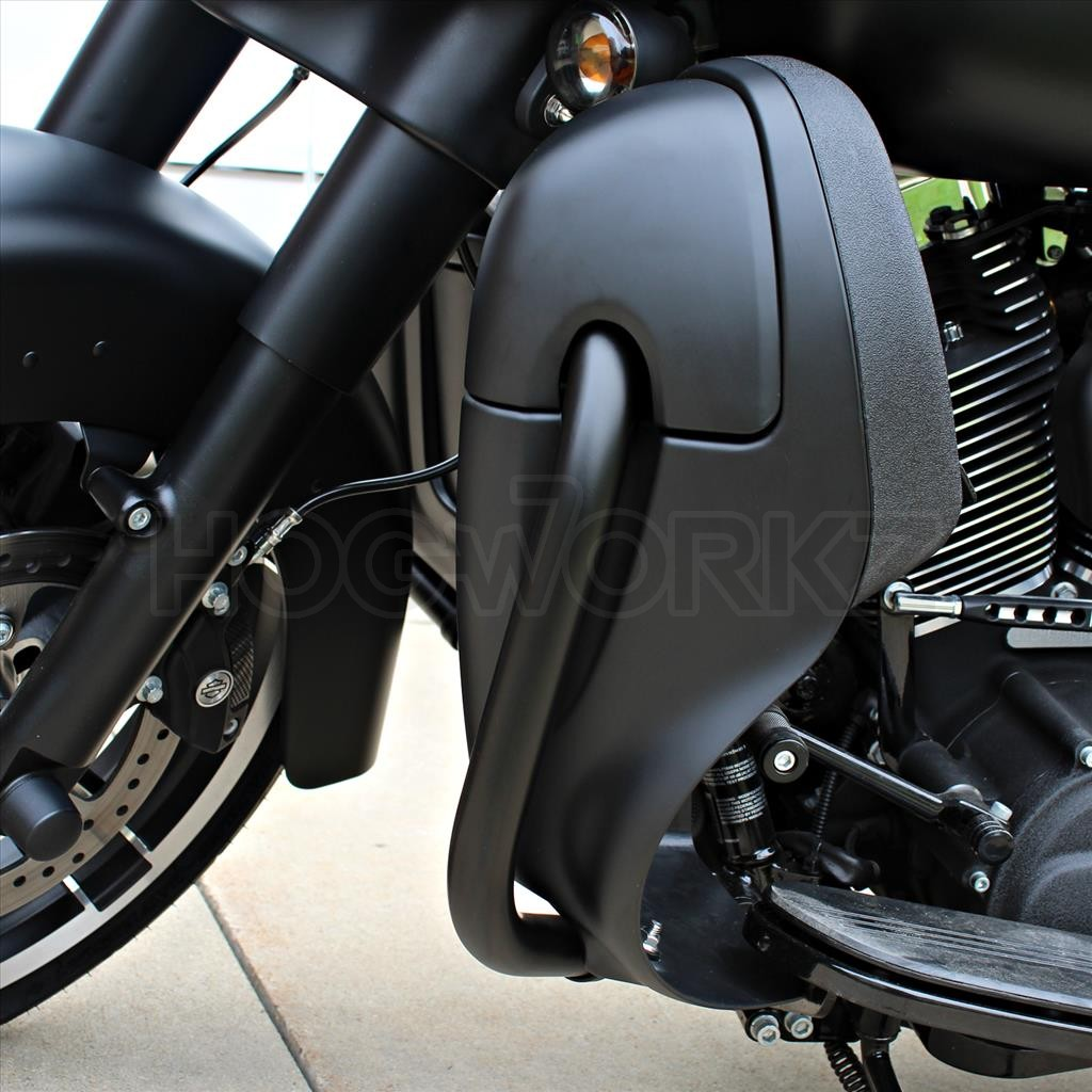 MeanCycles | DENIM BLACK HARLEY LOWER VENTED FAIRING WITH